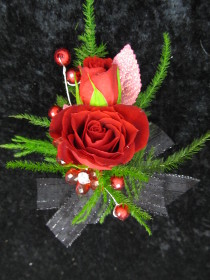 Rose corsage or boutonniere